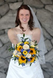 RILEY-0699-Bride-With-Bouquet 3