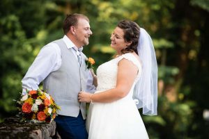 jess-and-dustin-bride-and-groom-4-XL 3